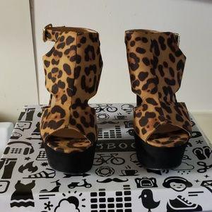 Bad Leopard Heels
